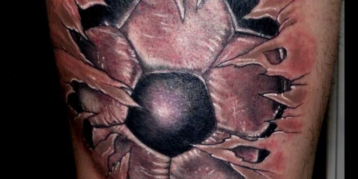 tattoos huesca, tatuajes huesca, tattoo jaca, trecedepicas tattoo,tattoo muslo. tatuaje rotura, tattoo