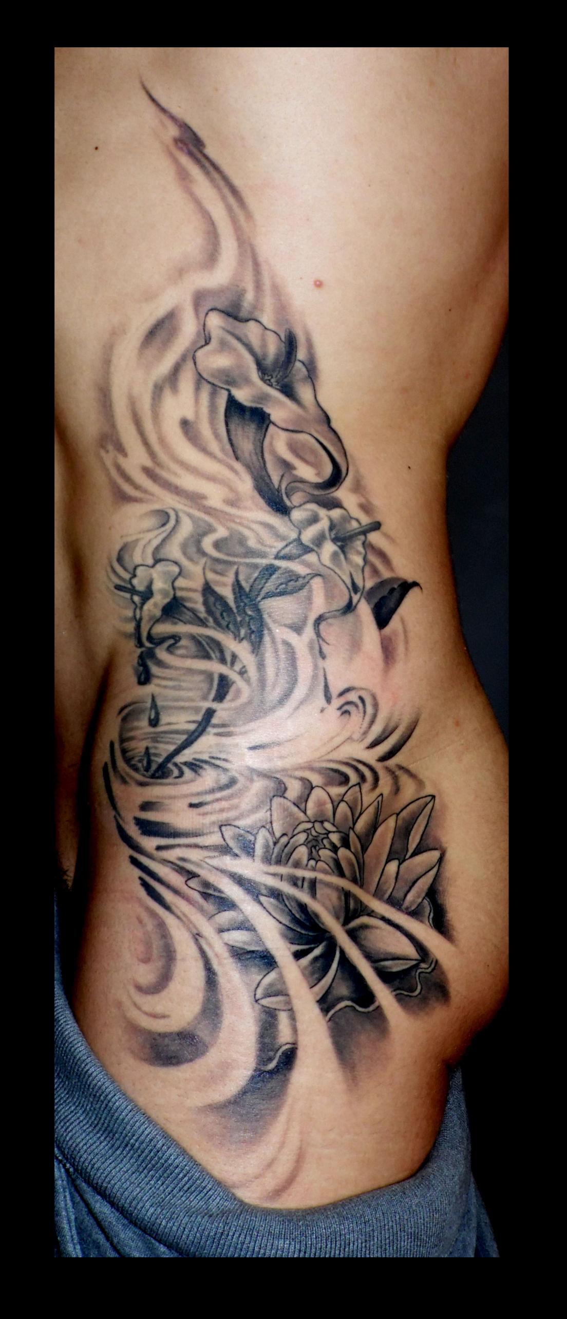 tattoo flores ,tatuajes flores, calas tattoo, tattoos huesca