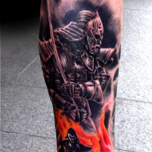 tatuaje samurai realista black grey sombras blanco negro pierna 13depicas.com