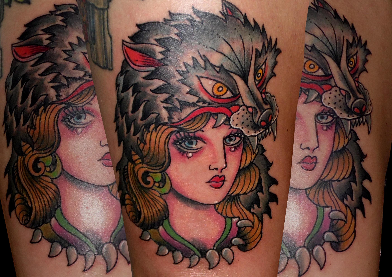 tatuaje tattoo tradicional traditional color chica lobo muslo 13depicas