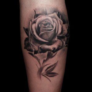 rosa realista gemelo tattoo jaca huesca 13depicas madein13 trecedepicas tatuajes