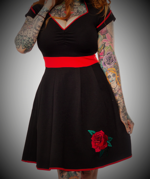 vestido pinup retro vintage negro rojo rosa bordado 13depicas tattoo shop online ropa alternativa