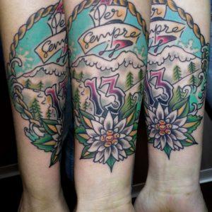 tatuaje tattoo old school tradicional montaña flor 13 color antebrazo 13depicas jaca huesca