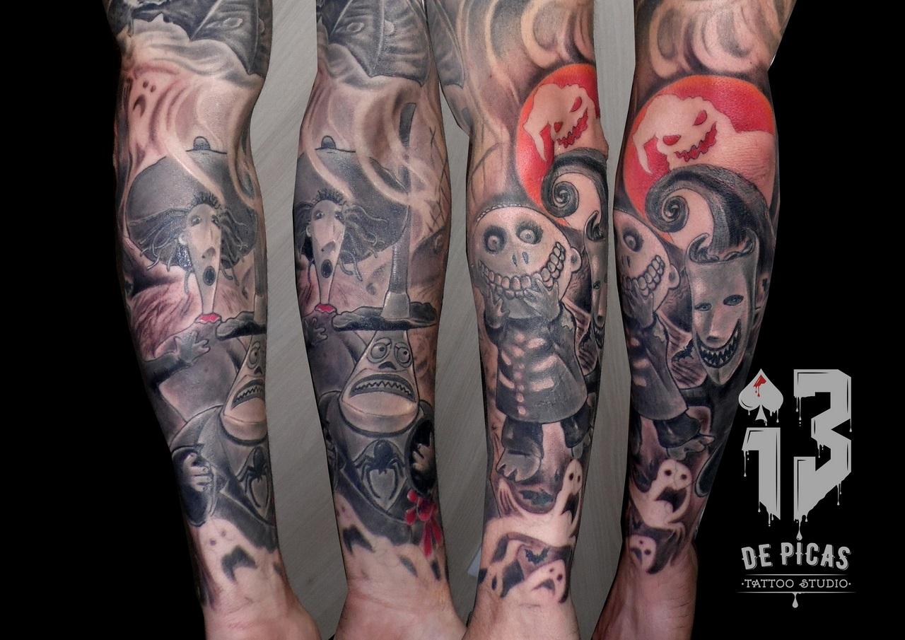 pesadilla-brazo-antes-de-navidad-tattoos-jaca-huesca-13depicas-madein13-trecedepicas-tatuajes-tim-burton-antebrazo-logo-spain-tatuadores-españoles-fb (Copiar)