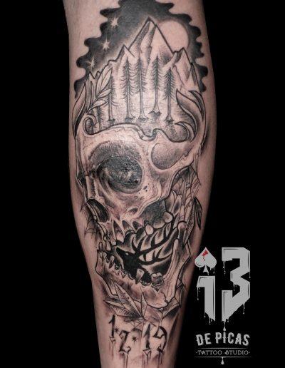 calavera pierna tatuaje montaña luna 13depicas jaca huesca