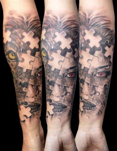 tattoo cara león chica ojos