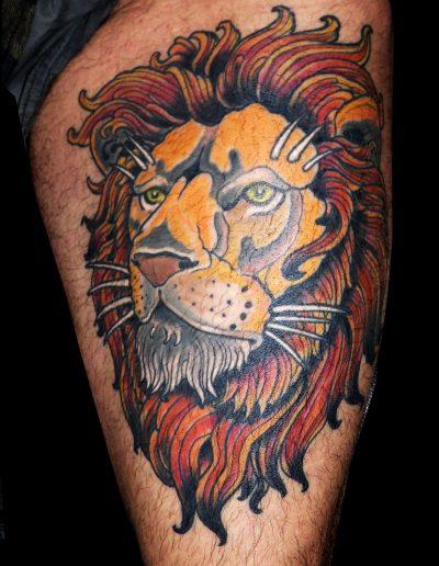 león neotradicional color muslo