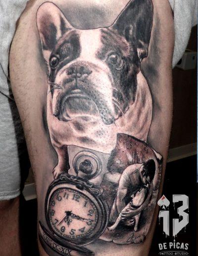 retrato perro reloj realista foto